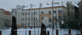 Szkoła Podstawowa nr 1 przy ul. Bernardyńskiej do remontu