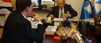 Prezydent Tadeusz Ferenc w swoim gabinecie