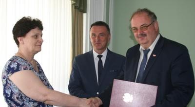 Od lewej Grażyna Podgórska, dyrektor Urządu Wojewódzkiego Marcin Maruszak i wicewojewoda Piotr Pilch