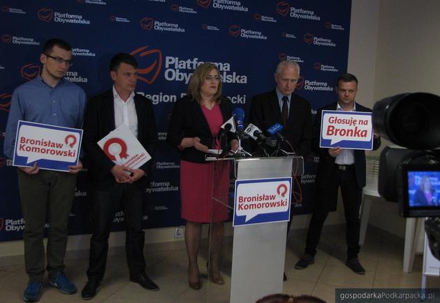 Od lewej Mariusz Błaszkowicz, Robert Homicki, Jolanta Kaźmierczak, Andrzej Dec i Marcin Nowak podczas dzisiejszej konferencji prasowej. Fot. Adam Cyło