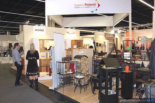 Stoisko Polski Wschodniej na targach IMM w Kolonii (centrum targowego Koelnmesse), fot. PAIiZ