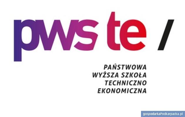 PWSTE w Jarosławiu ma nowe logo