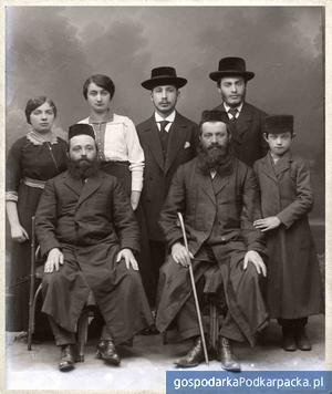 Ślady przeszłości - fotografie Żydów rzeszowskich