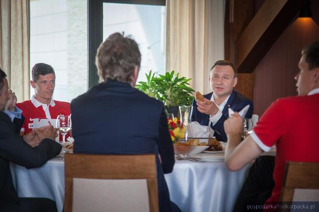 Prezydent Andrzej Duda spotkał się z piłkarzami reprezentacji Polski