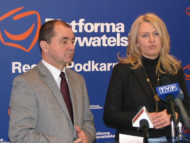 Zbigniew Rynasiewicz i Elżbieta Łukacijewska, fot. Adam Cyło