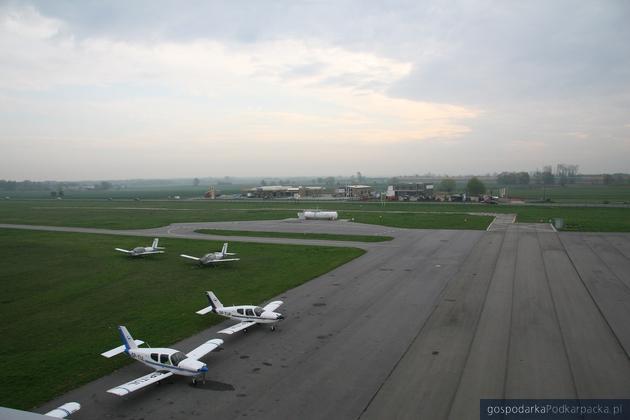Droga kołowania powstanie w  Ośrodka Kształcenia Lotniczego