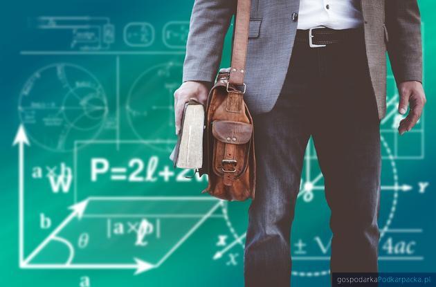 Nauczyciele do piór… Startuje konkurs na wasze pamiętniki