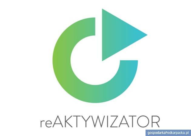 """""""reAktywizator"""" - bezpłatne kursy angielskiego i komputerowe"""