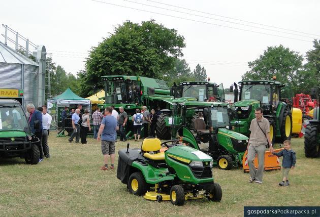 """Wystawa rolnicza """"Dni Otwartych Drzwi - Boguchwała 2017"""" w PODR"""
