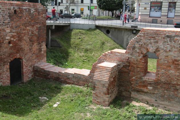 Rozpoczął się remont Bramy Krakowskiej w Jarosławiu