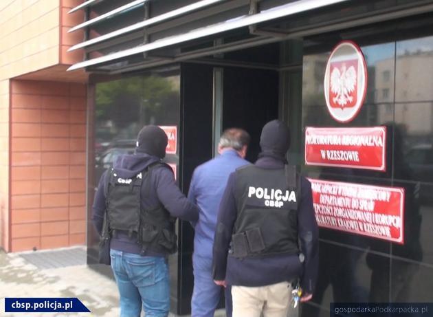 Rzeszowskie CBŚ zatrzymało podejrzanych o wyłudzanie VAT