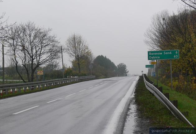 Interwencja w sprawie uskoku na drodze w Siedleszczanach
