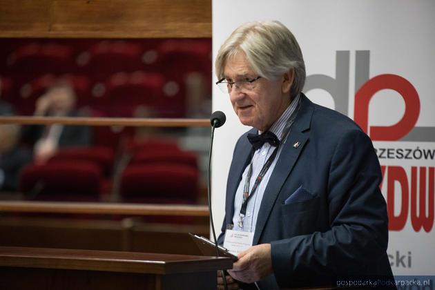 Prezes Polskiego Kongresu Drogowego Zbigniew Kotlarczyk