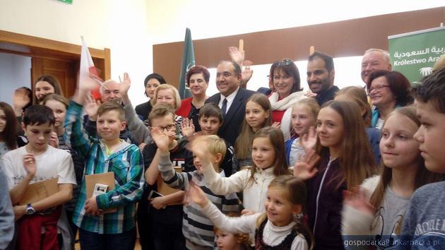 Król Arabii Saudyjskiej wspomógł dzieci z Brzozowa