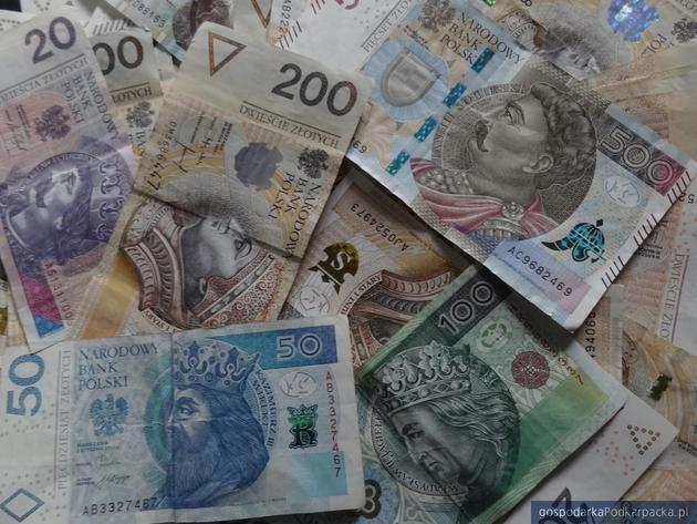 Firma z Mielca podejrzana o wyłudzenia dotacji z PARP