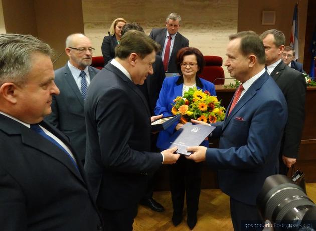 Zarząd województwa i radni PiS składają podziękowania Lucjanowi Kuźniarowi