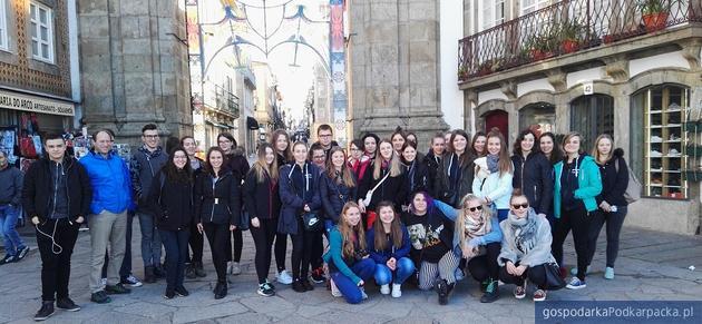 Uczniowie technikum w Trzcianie na STAŻACH w Portugalii