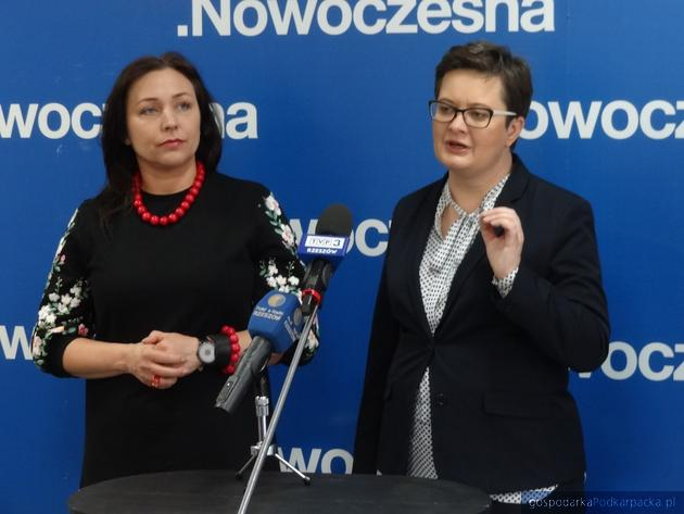 Od lewej Katarzyna Lubnauer. Fot. Adam Cyło