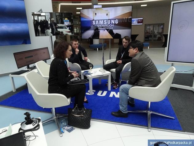 "Lotniska regionalne wobec brexitu.  Kongres ""Fly&More"""