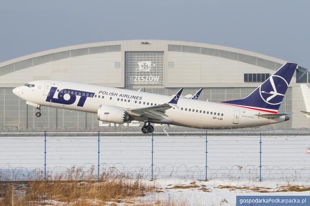 Więcej pasażerów i więcej połączeń na lotnisku Rzeszów-Jasionka