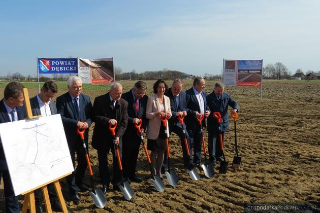 Rozpoczęła się budowa łącznika węzła autostrady A4 Straszęcin - Dębica