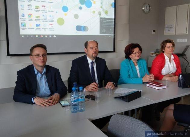 Od lewej: Piotr Uruski, Mieczysław Golba, Maria Kurowska i Anna Huk