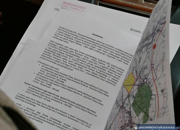Radni powiatu krośnieńskiego przeciwko poszerzaniu granic Krosna
