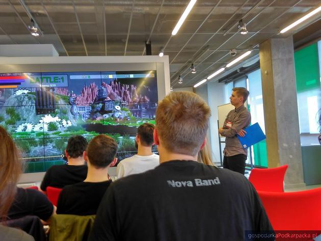 Studenci informatyki Uniwersytetu Rzeszowskiego w finale Digital Dragons