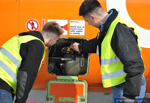 """""""Wystartuj z nami"""" - rekrutacja do firm lotniczych i nie tylko"""