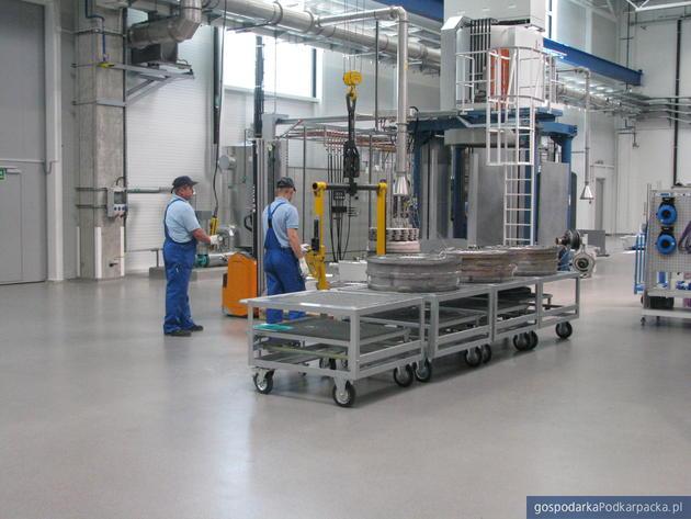 Fabryka lotnicza firmy MTU w Jasionce pod rzeszowem (Podkarpacki Park Naukowo-Technologiczny Aeropolis), fot. Adam Cyło
