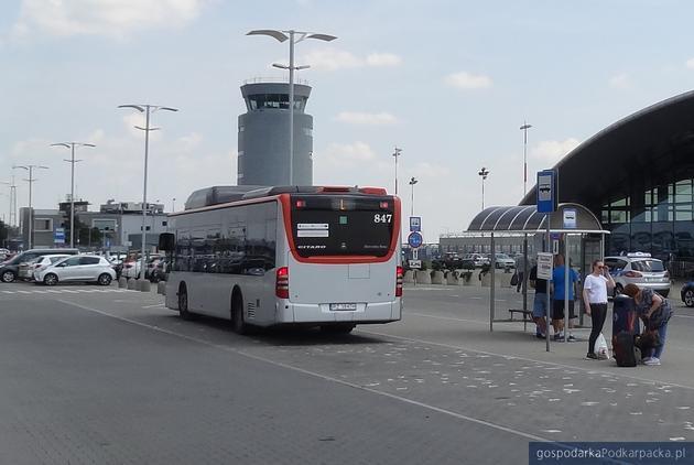 Kursy MPK na lotnisko w Jasionce po nowemu