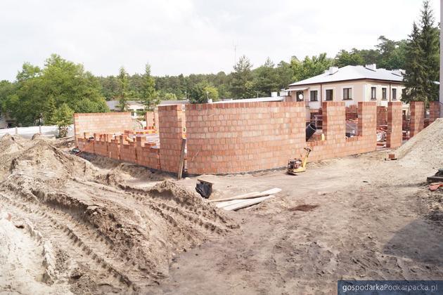 Trwa dobudowa nowego oddziału w szpitalu w Nowej Dębie