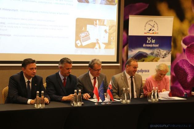 Wspólny projekt powiatu jarosławskiego i słowackiego Svidnika