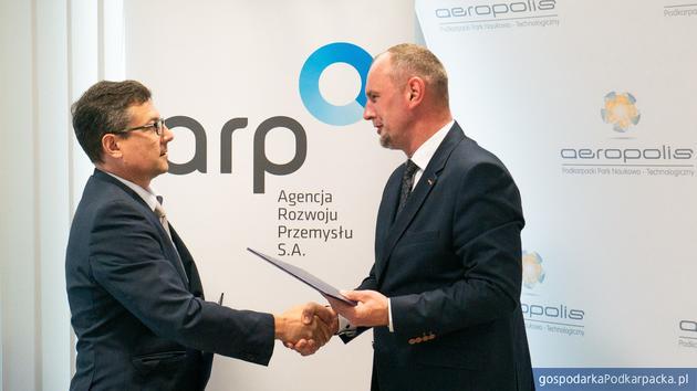 Od lewej Leszek Rożdzeński z ARP i Mariusz Bednarz z RARR