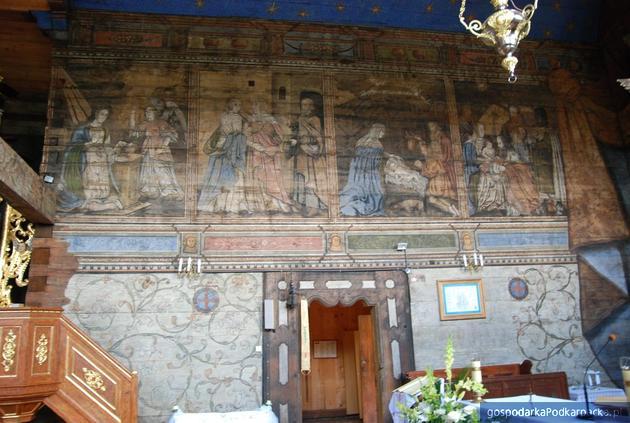 Poręby Dymarskie: Kościół z diabłem pod amboną