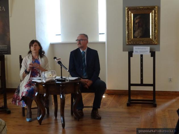 Maria Stopyra i dyrektor Bogdan Kaczmar