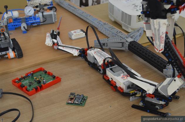 Studenci Politechniki Rzeszowskiej zbudowali robota SkyBot
