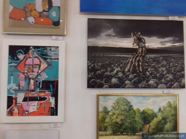 Trwa aukcja obrazów na rzecz Podkarpackiego Hospicjum dla Dzieci