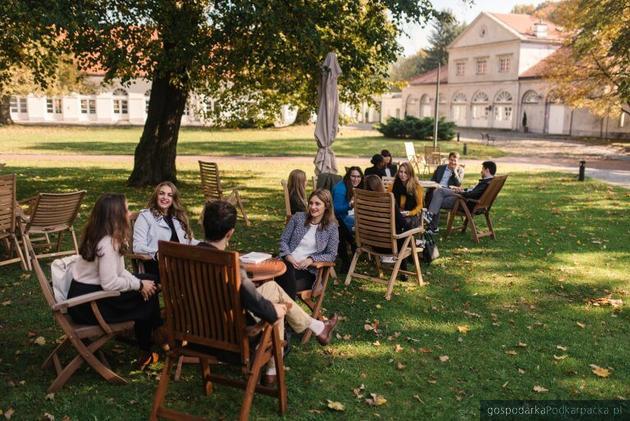 Trwa nabór na studia w Kolegium Europejskim, do zdobycia stypendia MSZ