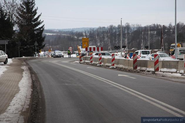 Droga między Zaborowem a Strzyżowem po przebudowie