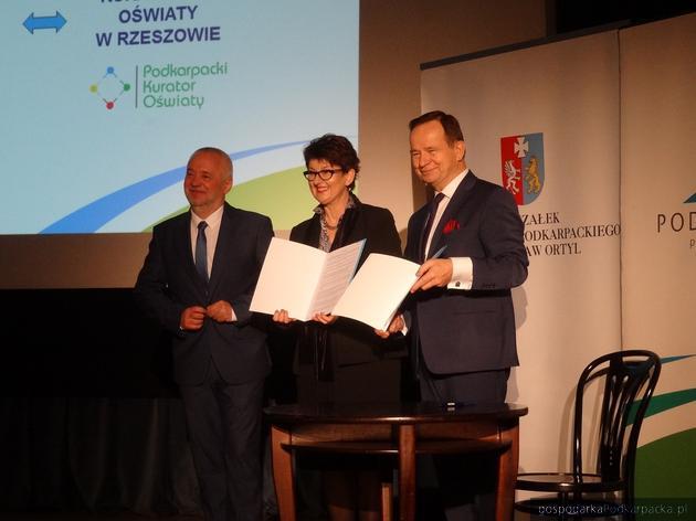 Od lewej Tomasz Michalski, Małgorzata Rauch i Władysław Ortyl