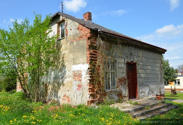 Jaszczew: Oficyna w do remontu