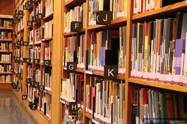 Biblioteki szkolne na Podkarpaciu dostały pieniądze na zakup książek