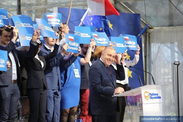 Przewodniczący Platformy Obywatelskiej Grzegorz Schetyna podczas konwencji. Fot. PO