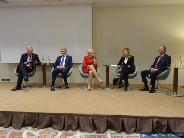 Krystyna Skowrońska zaprezentowała Honorowy Komitet Poparcia