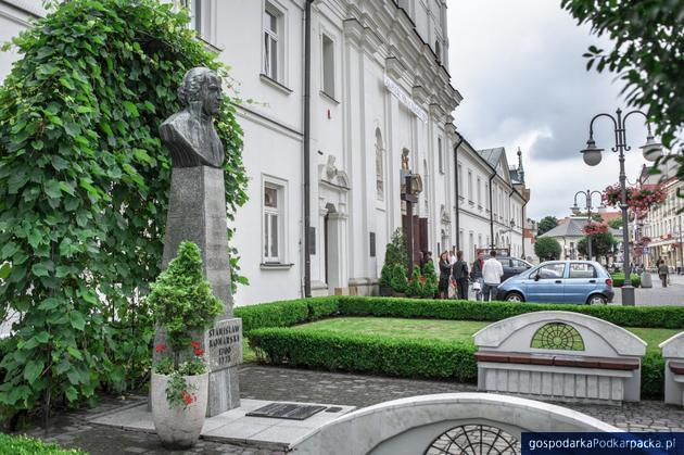Nowi licealiści I i IV LO w Rzeszowie będą się uczyć… w innych szkołach