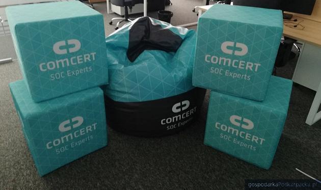 Asseco przejmuje udziały w ComCERT