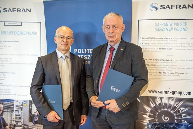 Ronan Carrolaggi, dyrektor zarządzający Safran Aircraft Engines Poland i prof. Tadeusz Markowski, rektor Politechniki Rzeszowskiej