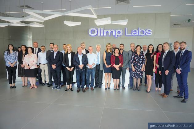 Wizyta ministrów krajów bałkańskich w Olimp Laboratories