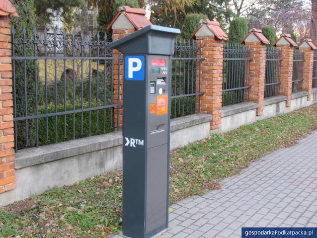 Dwie oferty na rozbudowę systemu płatnego parkowania w Rzeszowie